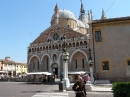 Basilica Santo Antonio i redovnik